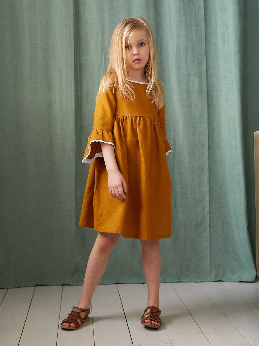 платье льняное детское цвета охра